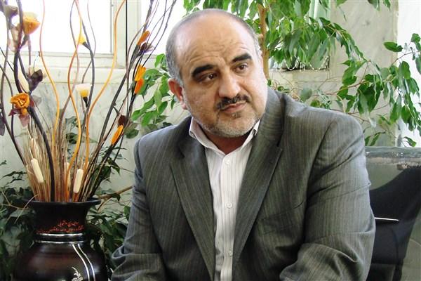 با حكم فرهاد رهبر سرپرست دانشگاه آزاد اسلامي استان اصفهان منصوب شد